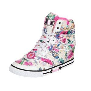 Skechers Womens Daddy's Money Pure Joy Shoes